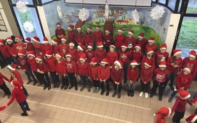 La festa di Natale alla Primaria di Luco